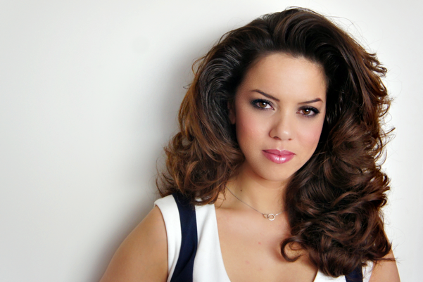 glamourous big hair how to1