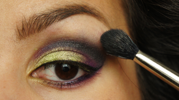 green purple eyelook10