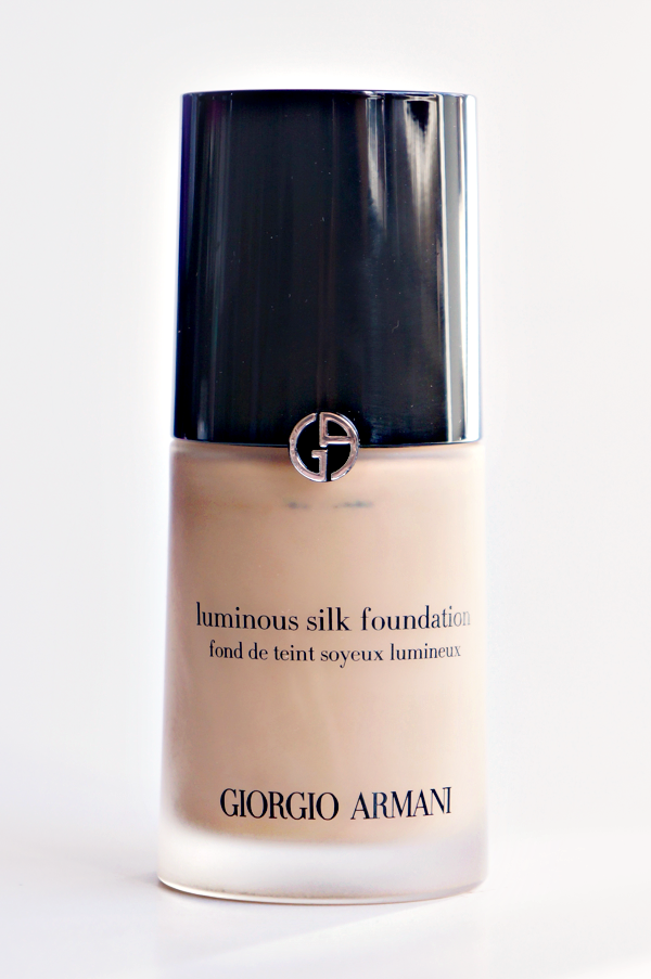 armani luminous silk foundation_01