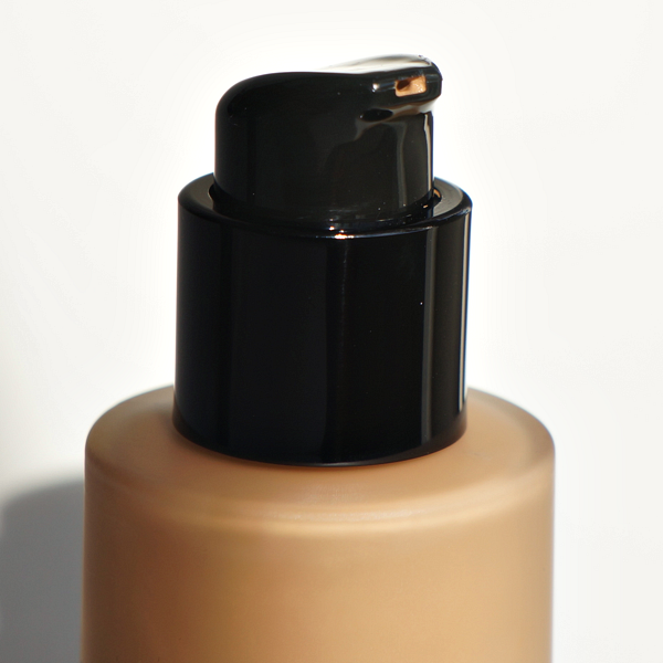 armani luminous silk foundation_04
