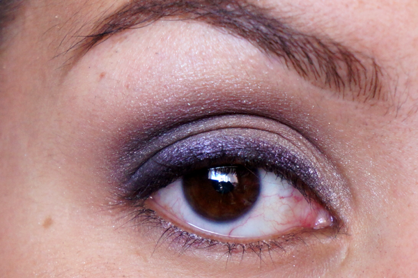 tease and blackout eyelook10