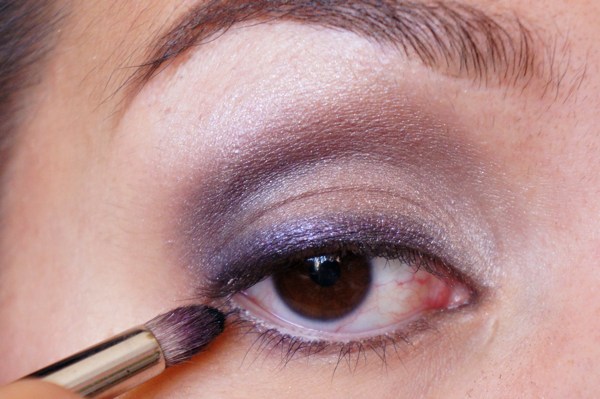tease and blackout eyelook13