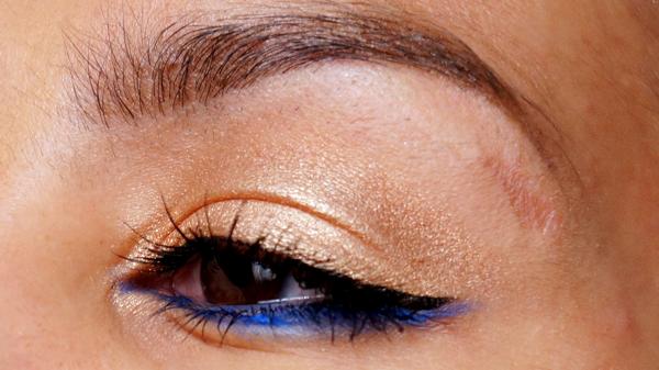 H&M electric blue eye pencil_13