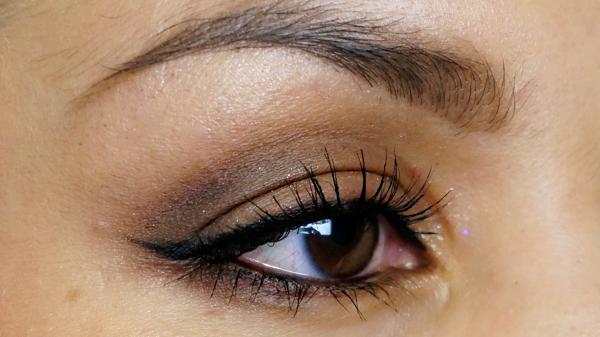 chocolate brown eyelook_17