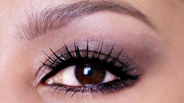 kardashian-beauty-lioneyezer_12
