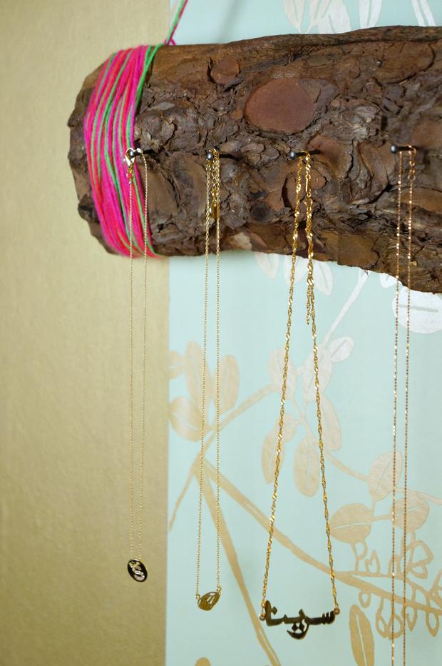 diy jewelry tree bark organizer_10