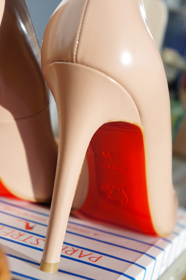 louboutin pigalle nude2