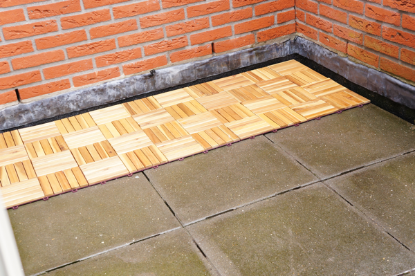 Houten Tegels Balkon : Balkon opknappen ⋆ beautylab.nl