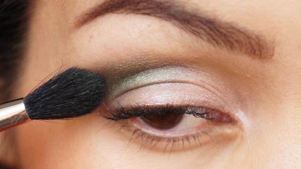 pink green eyelook-03