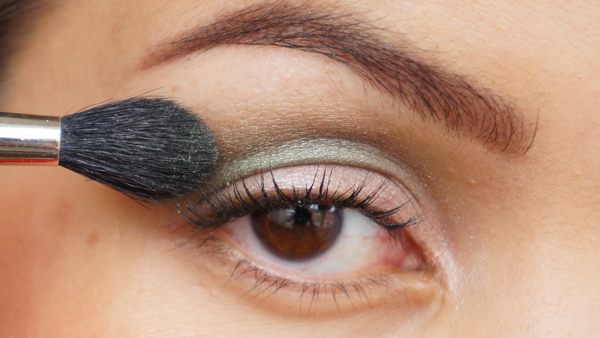 pink green eyelook-05