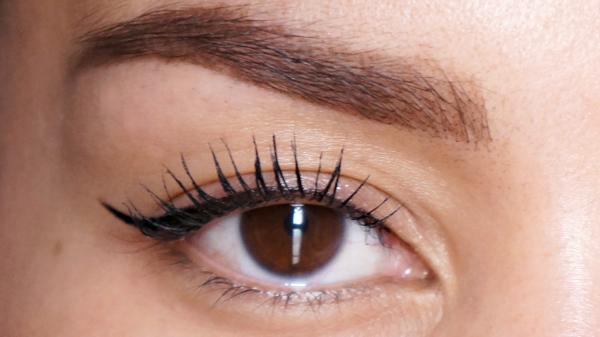 catrice calligraph eyeliner-4
