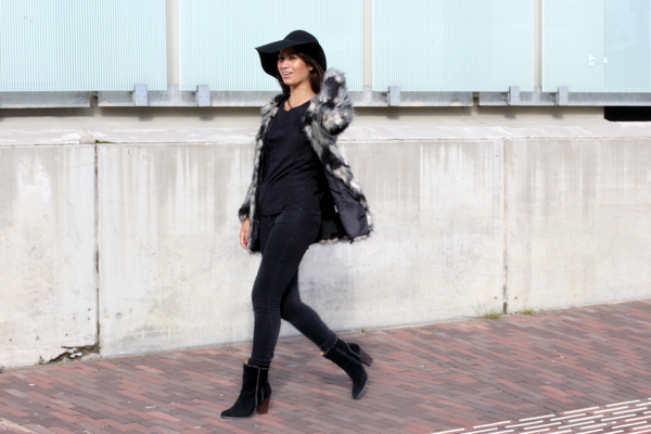 floppy hat & faux fur_02