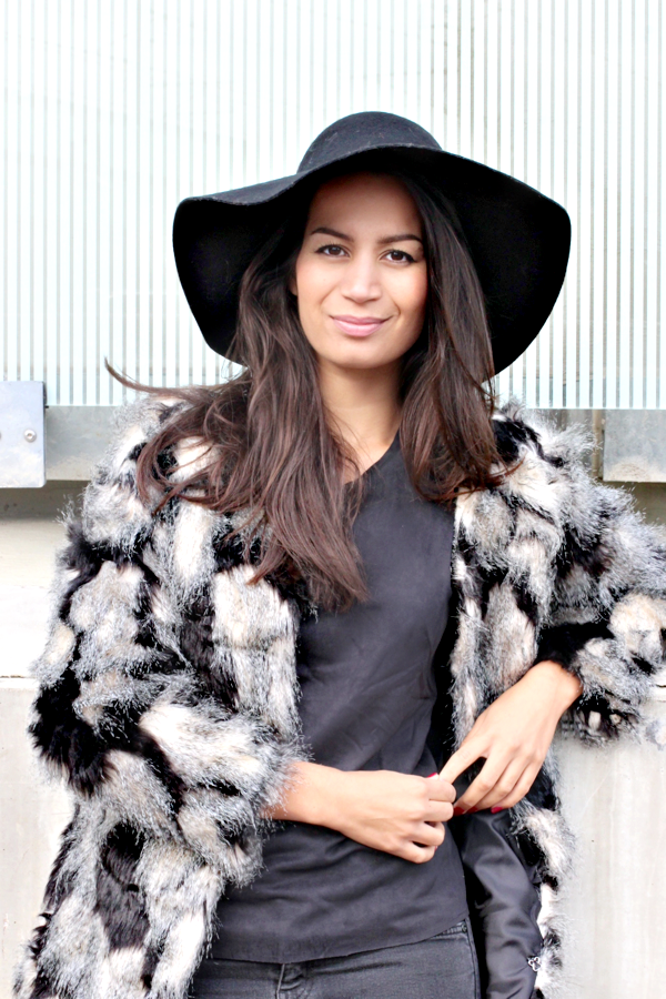 floppy hat & faux fur_03
