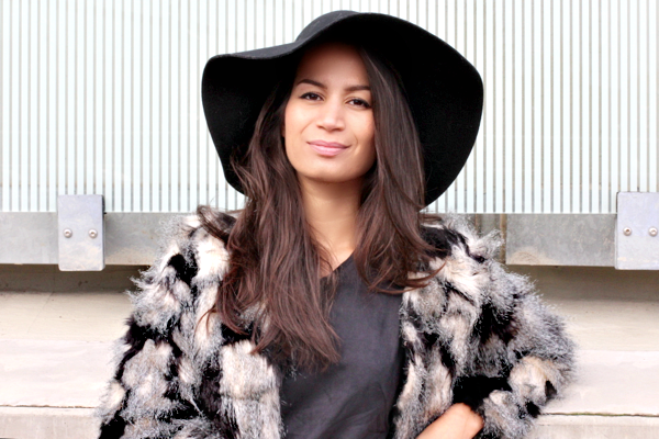 floppy hat & faux fur_04
