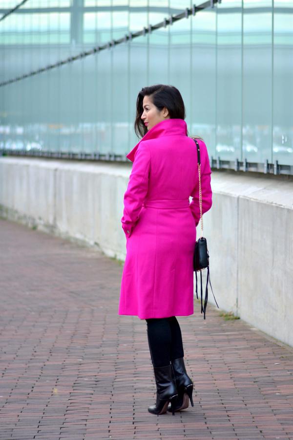 pink coat_1
