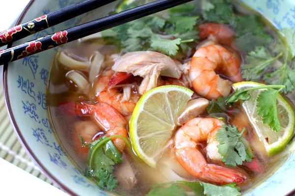 thaise kippensoep met garnalen_4