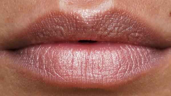 anna sui lipstick_01