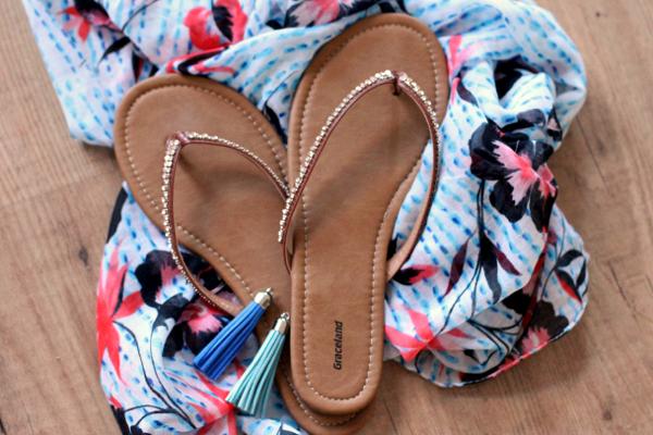 DIY   van teenslipper naar bohemian sandaaltjes