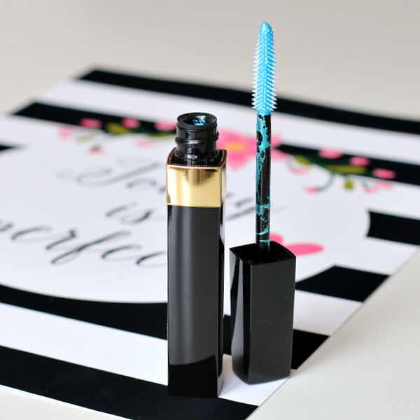 CHANEL COLLECTION BLUE RHYTHM - 38