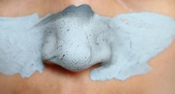 diy charcoal mask - 2