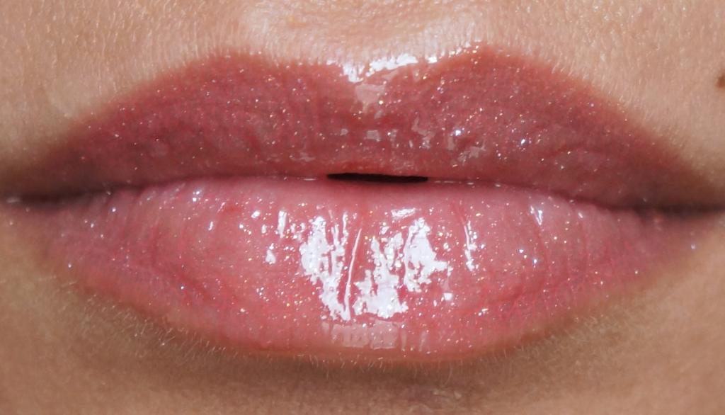 MAC Viva Glam Ariana Grande lipstick lipglass - 3 (1)