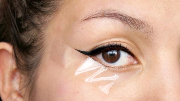 eyeliner beauty hacks - 1