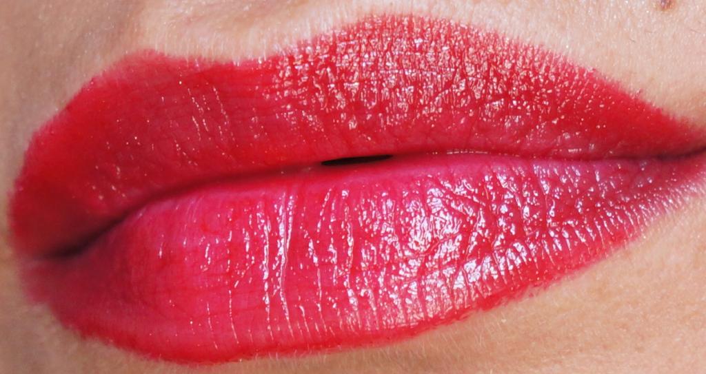 Kiss & Go Lip Colour Stick review_ - 7
