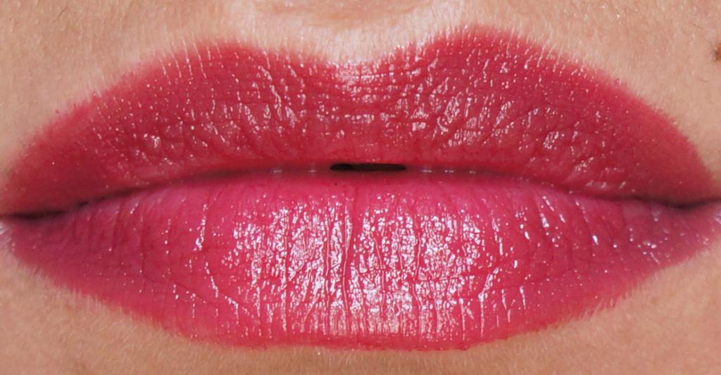 Kiss & Go Lip Colour Stick review_ - 9