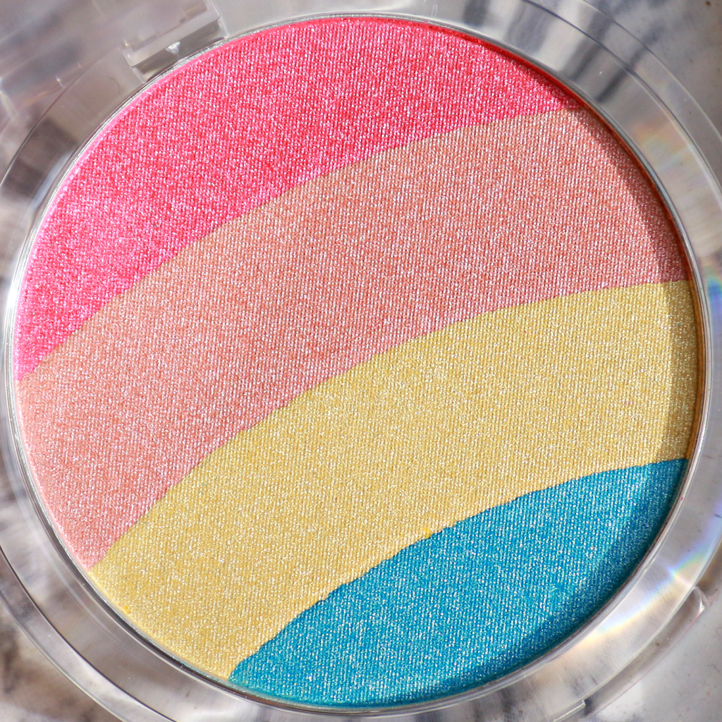 essence Prismatic Rainbow highlighter review_ - 2