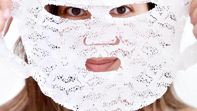 Verandert dit masker écht mijn kaaklijn of lijkt het maar zo?