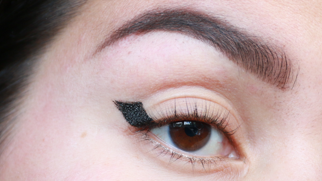eyeliner tutorial hooded eyes_ - 10