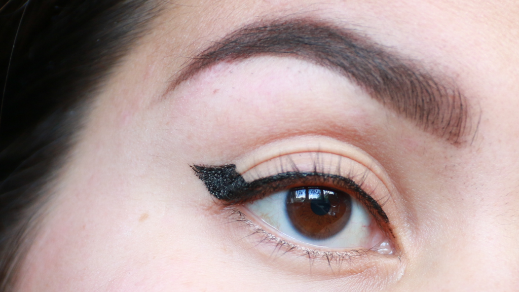 eyeliner tutorial hooded eyes_ - 11