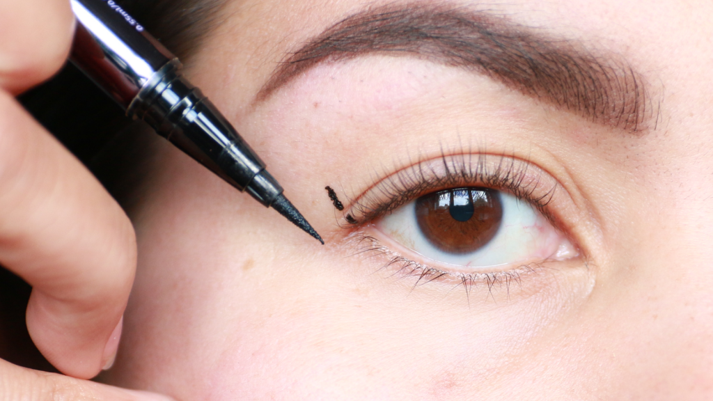 eyeliner tutorial hooded eyes_ - 4