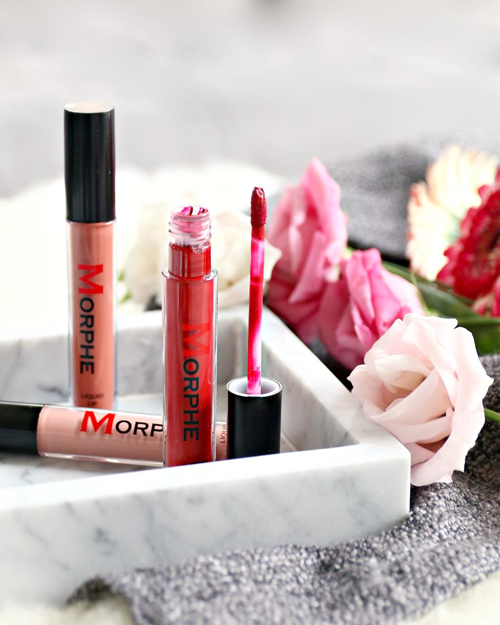 Morphe Liquid Lippies Lipstick De Lipsticks Zijn Verpakt In Doorzichtige Hulzen Met Daarop Het Niet Zo Hle Mooie Ja Sorry Hoor Logo Gedrukt